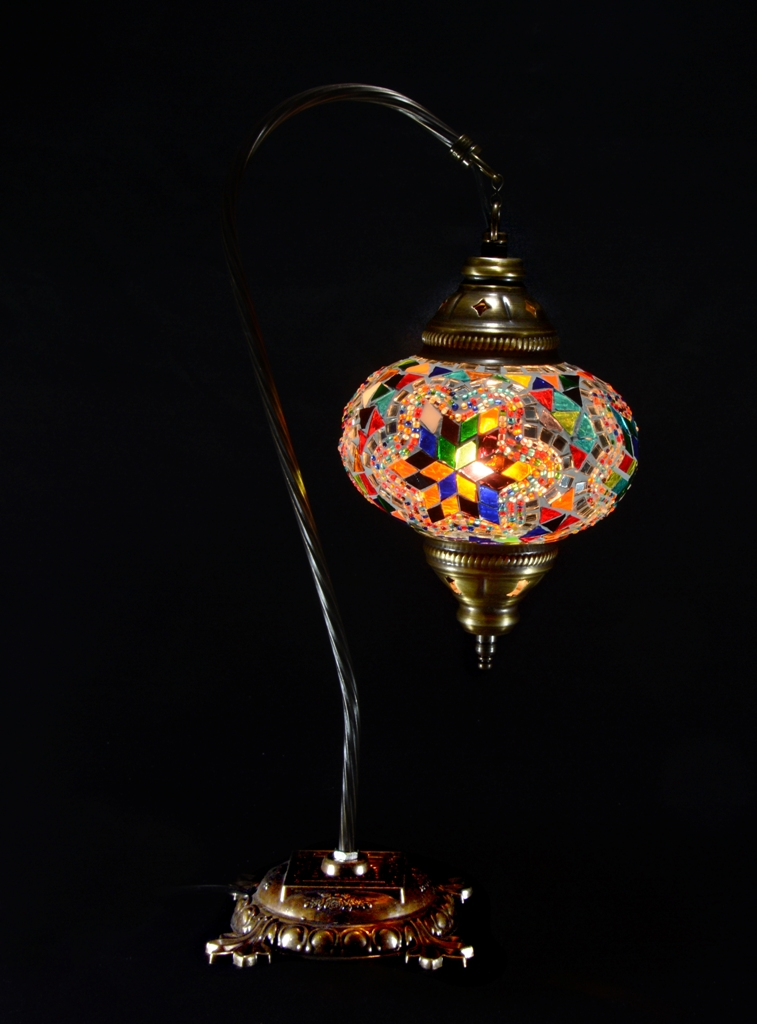 swan-neck-mosaic-lamp-21