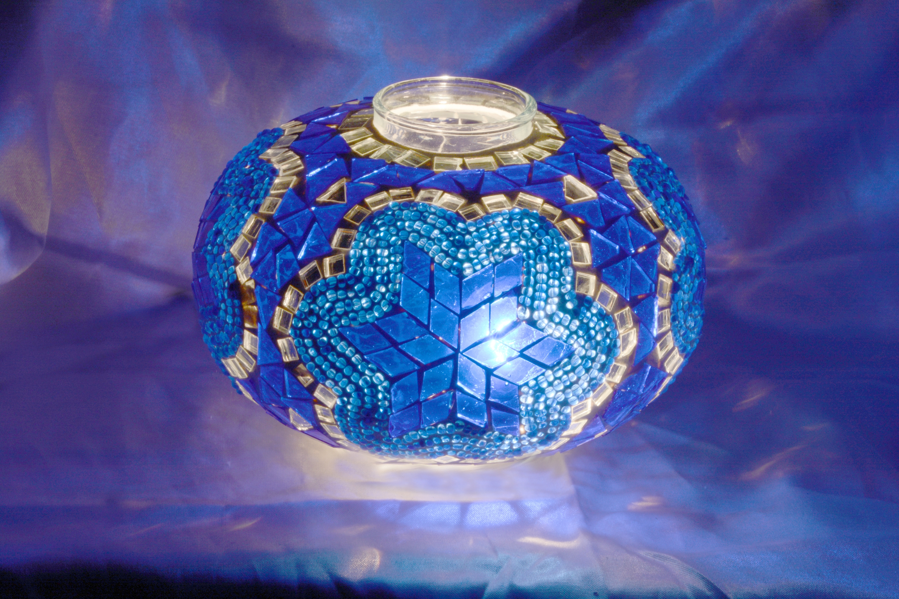 Size 3 mosaic lamp model