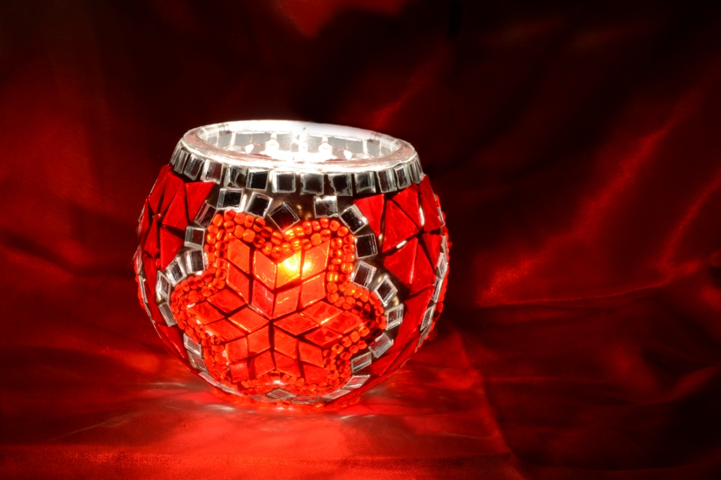 Red mosaic candle holder